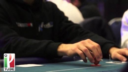 POKER TIPS CON RUSCONI: IL PAYOUT INFLUENZA LE DECISIONI AL FINAL TABLE?