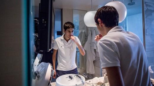 vegas2italy ep. 9: nella stanza di Luca Moschitta e Sofia Lovgren